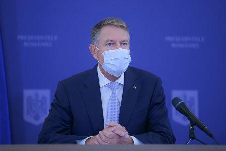 Primele vaccinuri COVID-19 ar trebui sa ajunga in Romania in primul trimestru al anului 2021, spune presedintele