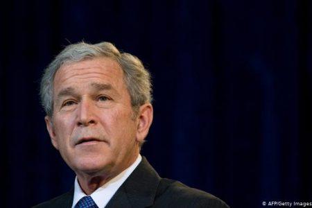 """George W. Bush este acum profund ingrijorat de raspandirea ,,Neadevarurilor"""""""