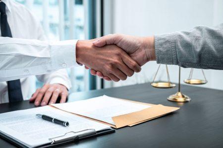Sfaturi care te ajuta sa gasesti avocatul cel mai bun pentru tine